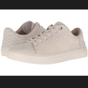 "Toms Lenox Leather Sneaker in ""Birch"" / Ivory 9.5"